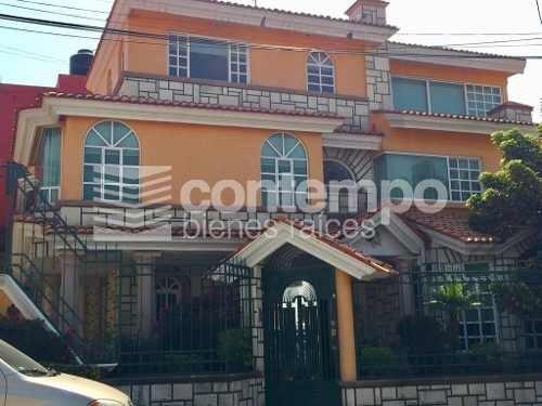 Amplia Casa Con Excelente Ubicación En Jardines De Bellavista Seguridad 24/7