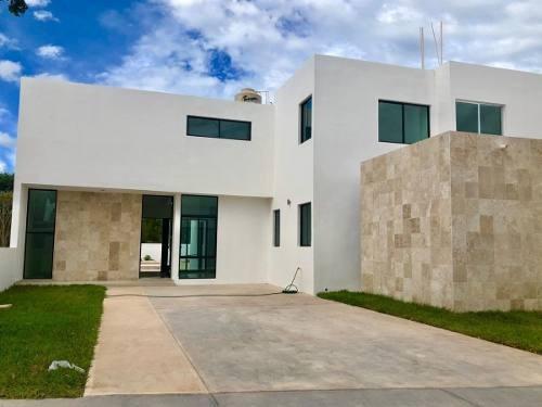 Estrena Residencia En Dzityá, Zona Norte De Mérida Cerca De La Gran Plaza