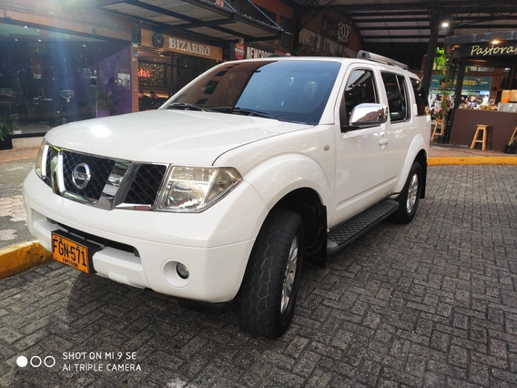 Nissan Pathfinder Full Equipo