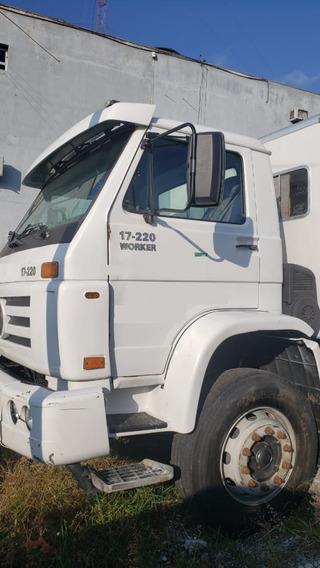 Volks 17.220 - 2005 - 4x2 - Com Equipamento