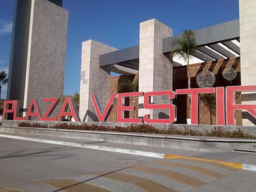 Local Comercial Plaza Vestir