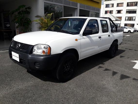 Nissan Np300 Doblecabina 4x2 Gasolina 2014