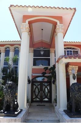 Villa De Ensueño En Metro Country Club Juan Dolio