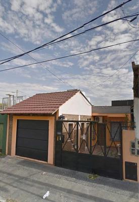Casa Con Pileta Y Cochera En Bernal 2 Habitación Y Quincho