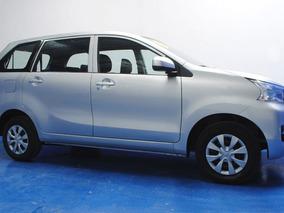 Toyota Avanza Premium 2016 Plata $ 209,900