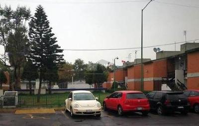 Departamento En Renta, Frente Al Hospital Issste Ignacio Zaragoza, Amueblado, Tres Recamaras