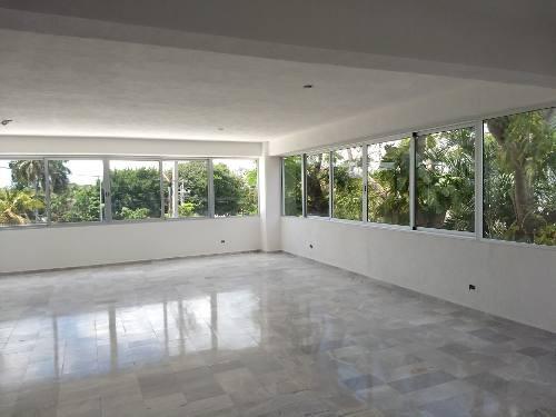Renta De Edificio Céntrico En Cancún