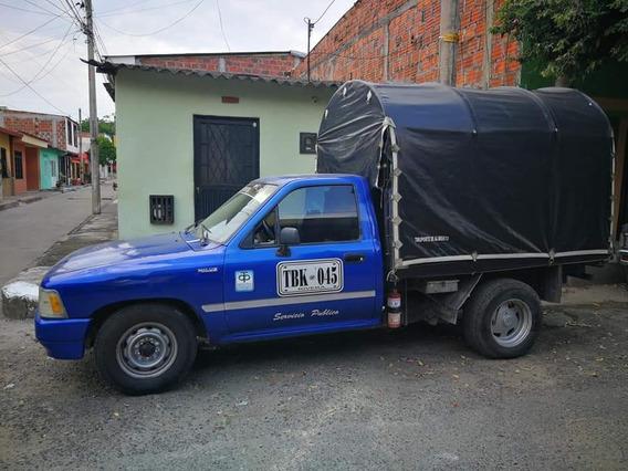 Toyota Hilux Estacas Camioneta