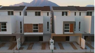Casa En Venta En Montenova