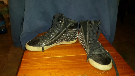 Zapatillas Con Tachas Marca Zara