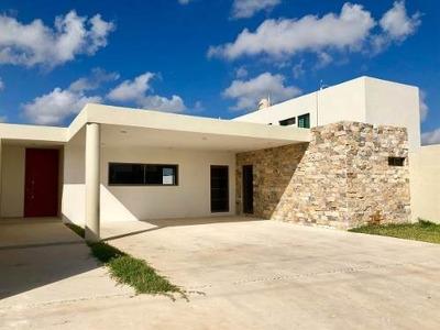Residencia De Una Planta Lista Para Estrenar Con 635m2