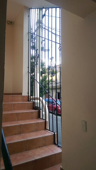 Aparta-estudio En El Centro De La Ciudad Santo Domingo D.n.