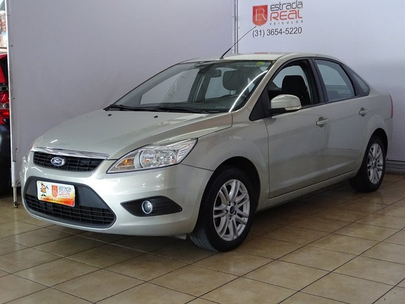 Ford Focus 2.0 Ghia Sedan 16v Flex 4p Manual