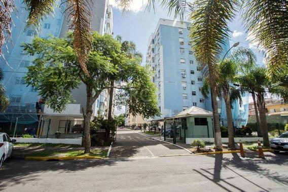 Apartamento Em Cavalhada Com 3 Dormitórios - Lu430063