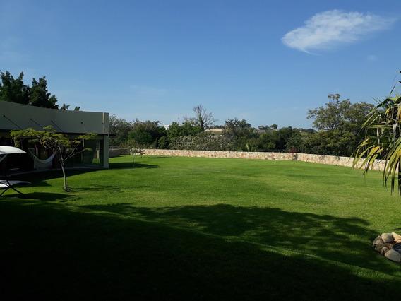$1,260,000 Usd - Casa De Venta En Club De Golf Santa Fe. 3293 M2