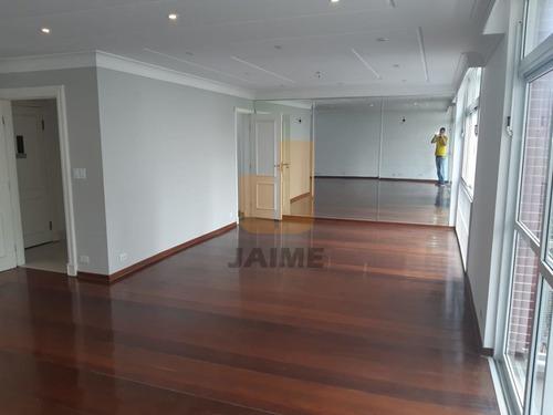 Apartamento Amplo, Ensolarado,  Em Ótima Localização, Próximo Ao Shopping - Bi2521