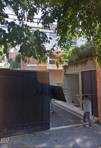 Terreno Com 470 Metros, Em Rua Fechada Com Guarita, Em Frente Ao Colégio Pio Xii - Bi5414