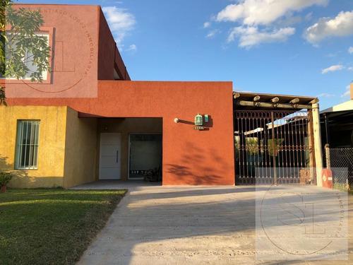 Casas De Santa María Villanueva!