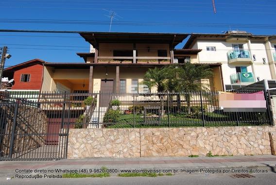 Excelente Casa Bem Localizada No Bairro Serraria, 297m² Área Privativa, Piscina, Edícula, Mobiliada. - 4175
