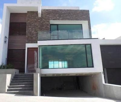 Residencia En Venta En Condominio Privado Vilago, Atizapán De Zaragoza