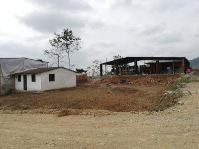 Casa Con Amplio Terreno Valle Alto Bucay