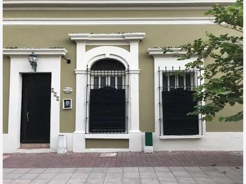 Casa En Venta En Hermosa Casa En El Centro Historico De Mazatlan