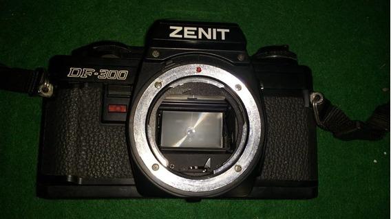 Corpo Da Câmera Fotográfica Zenit Df-300 (com Defeito)