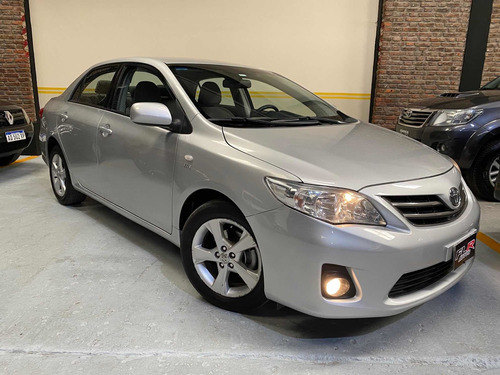 Toyota Corolla 1.8 Xei At 2011