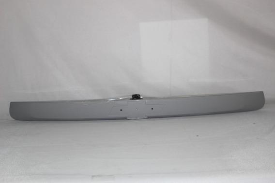 Moldura Da Tampa Tras C/ Camera Ré Tracker Gm 95352162