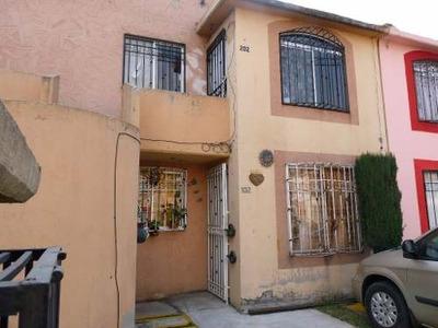 Casa En Venta En Colonia San Buenaventura