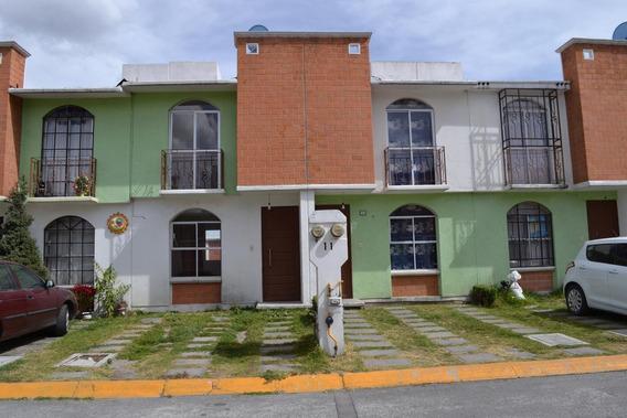 Casa En Venta En Fracc. Las Hesperides