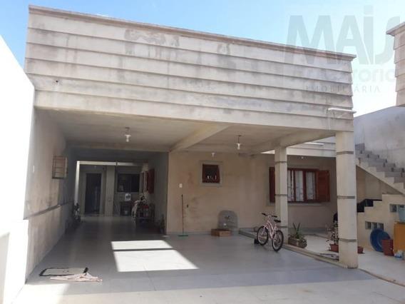 Casa Para Venda Em Sapucaia Do Sul, Vargas, 3 Dormitórios, 3 Banheiros - Lvc042