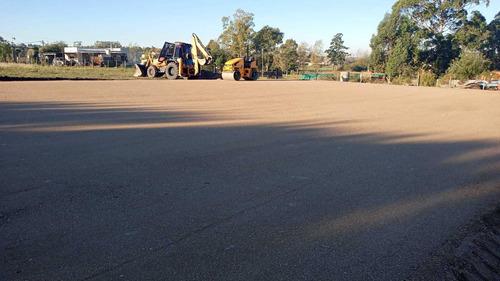 Limpieza Terrenos Retroexcavadora Nivelación Rellenos Pozos