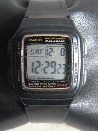 1 Rel. Casio Digital Unissex Mod. 3228 F-201 Wa Cx 36 X 40 M