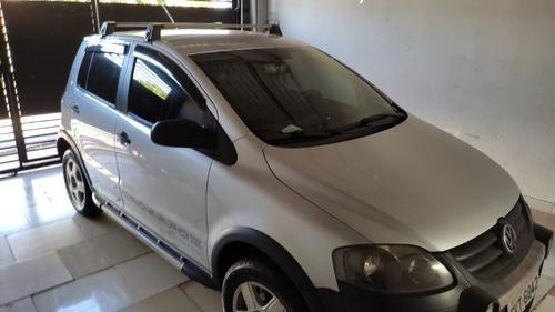 Imagem 1 de 9 de Volkswagen Crossfox