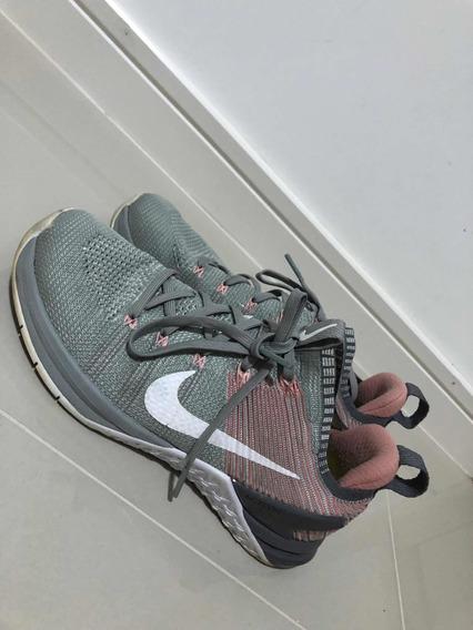 Tênis Nike Flyknit