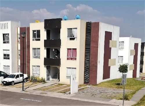 Departamento En Renta En Colinas La Piedad, A 5 Min. Del Parque Ind. Bernardo Quintana