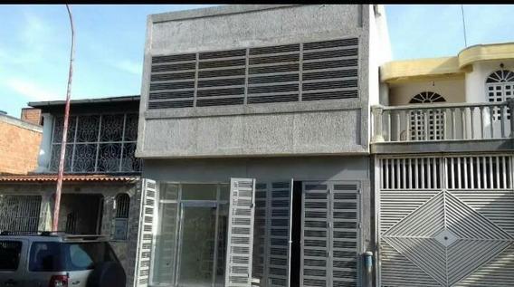 Local Comercial En Venta En Los Jarales Carabobo 20-5466 Em