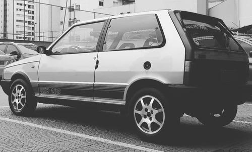 Imagem 1 de 1 de Fiat Uno 1.6r