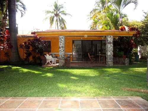 B3409. ¡un Nivel! Condominio En Lomas De Cuernavaca