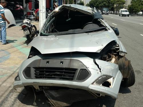 Imagem 1 de 8 de Sucata Ford Fiesta 2011 - Motor, Câmbio, Lataria, E Peças