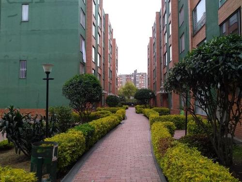 Apartamento En  Hayuelos(bogota) Rah Co: 21-1227