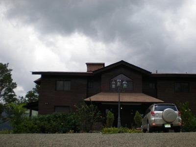 Citymax Vende Hermosa Villa En Jarabacoa