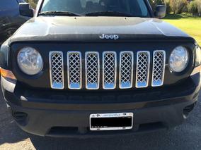 Jeep Patriot, Color Negro