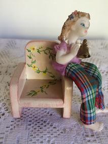 Miniatura De Poltrona De Madeira Pintada À Mão - Perfeita