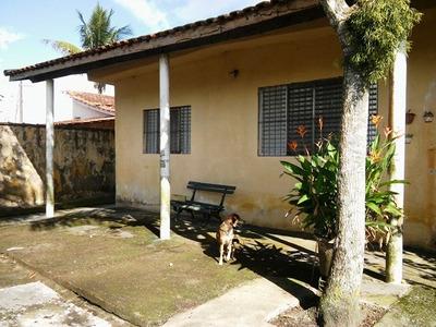 Casa Escriturada, Com 2 Quartos, Lado Praia, Lote Amplo!