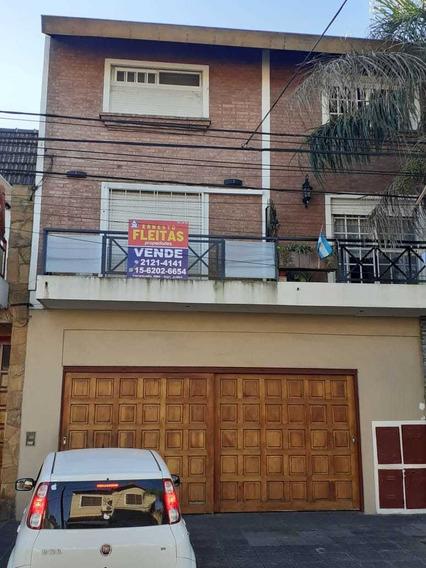 Hermoso Duplex De Tres Ambientes!!! Primer Piso Al Frente!!!