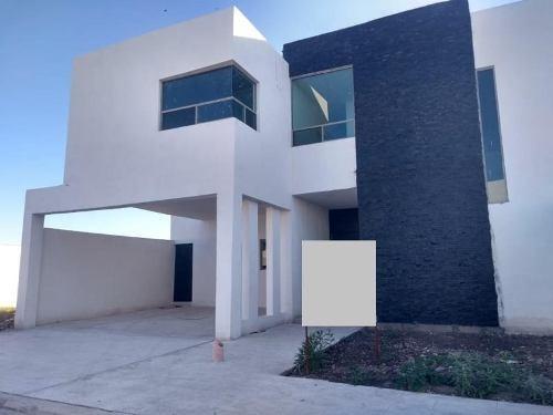 Casa Sola En Venta Fracc. Hacienda San Jose