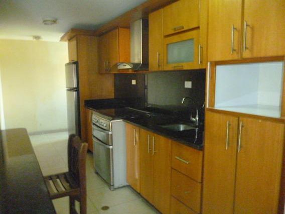 Apartamento En Venta En Barquisimeto #20-6835