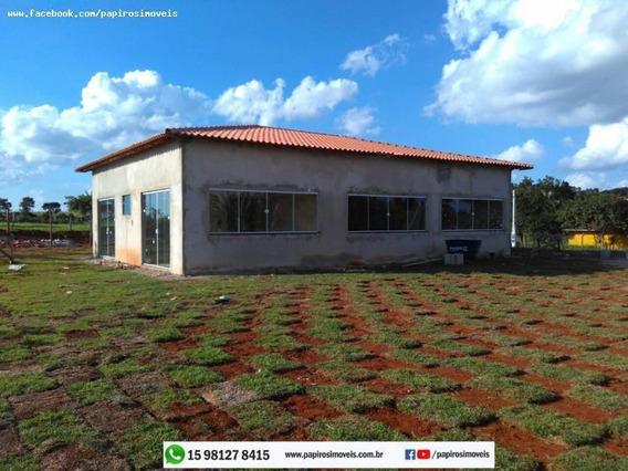 Casa Para Venda Em Tatuí, Vale Dos Lagos, 3 Dormitórios, 1 Suíte, 1 Banheiro, 10 Vagas - 0021_1-859806